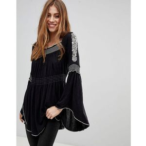 Free People Valley Embroidered Flared Sleeve Top - Black, kolor czarny