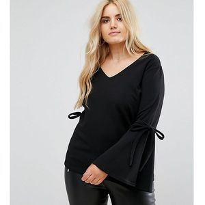 Boohoo Plus Flare Sleeve Top - Black